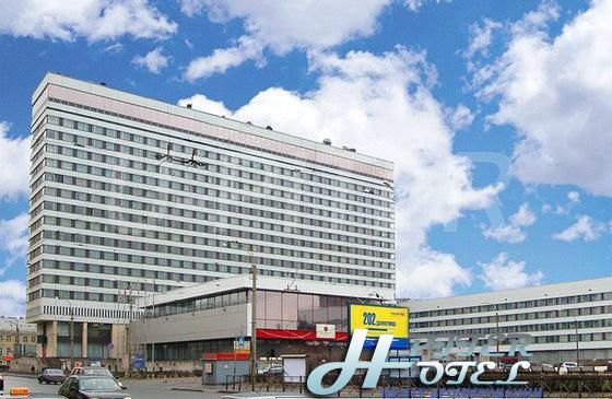 Азимут отель - 1
